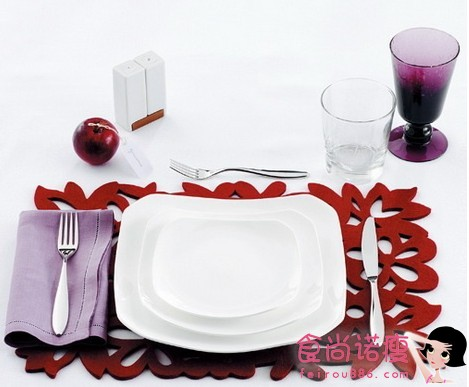 一个人的餐桌